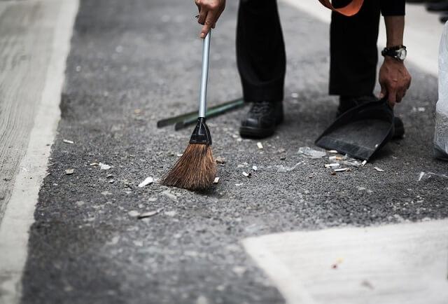路上の清掃
