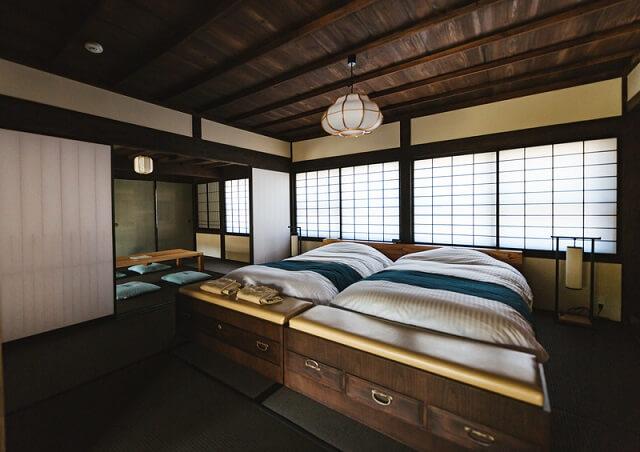 古民家の寝室