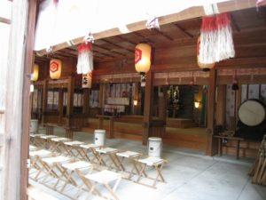 神社拝殿2